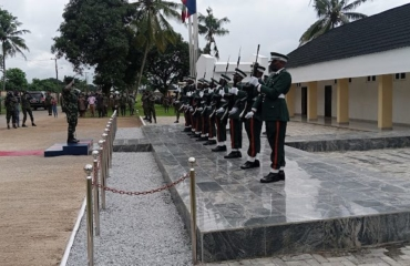 Chief of army staff visit troops in Lagos