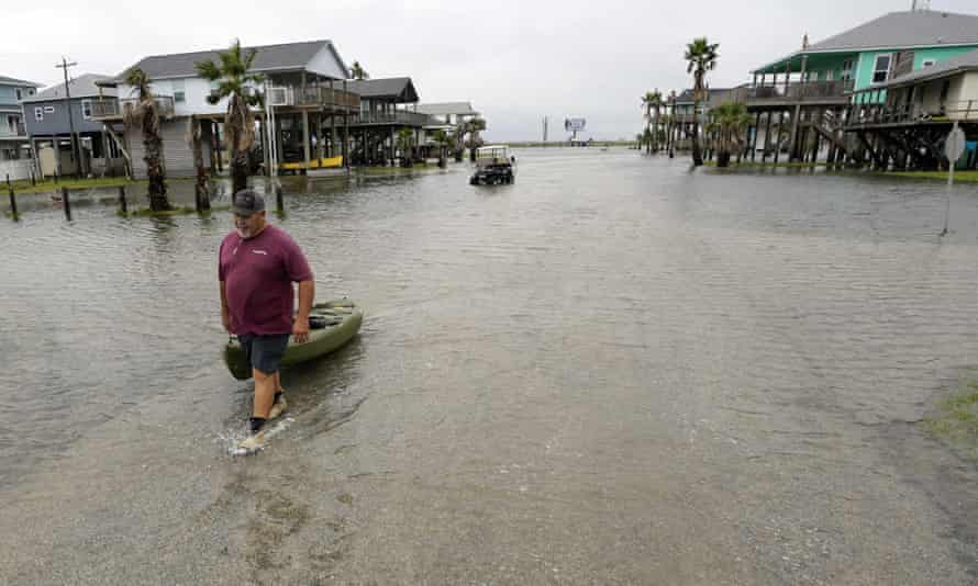 Tropical storm Nicholas hits Texas & Louisiana