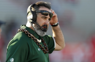 US football coach fired for rejecting Covid-19 vaccine